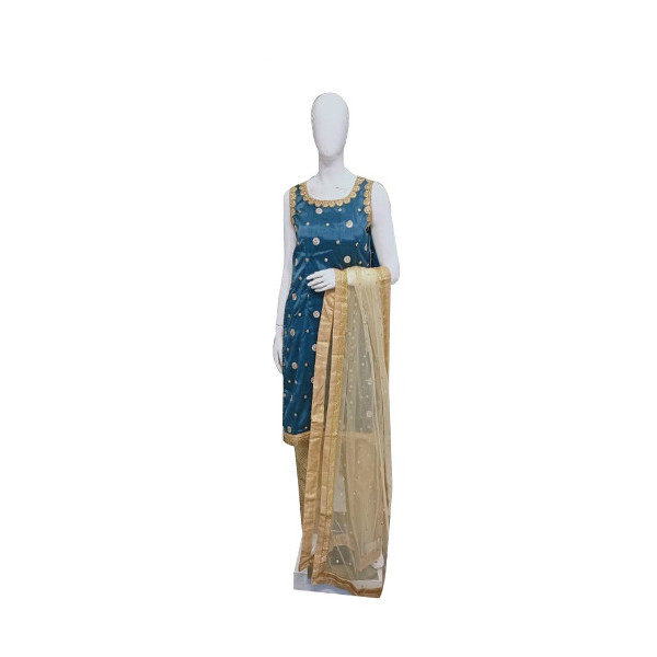 Give a trendy uplift to your ethnic wardrobe with this Party wear for women available at Shahbeez