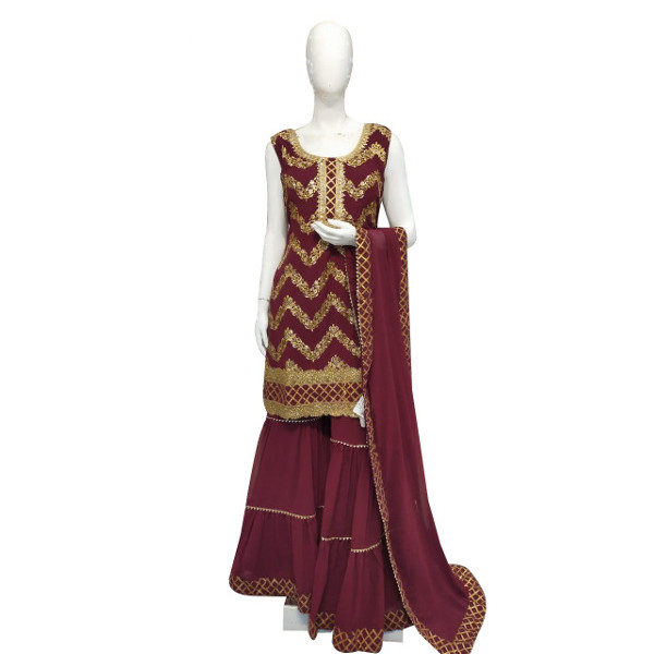 Get that amazing ethnic look without compromising your very own style with this new partywear suit available at Shahbeez